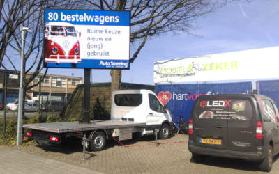 Ledscherm op Ford pick-up Auto Smeeing